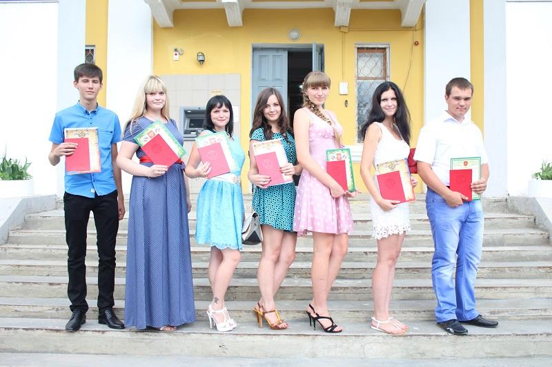 Торжественная церемония вручения дипломов студентам отделения СПО