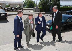 31 августа состоялось совместное расширенное торжественное заседание ученых советов ВолгГТУ и ВолгГАСУ, проходившее в здании Волгоградского музыкального театра.