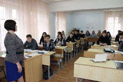 Открытый урок в отделении СПО у преподавателя Кононовой И.Д. в группе ИС-11о-16.