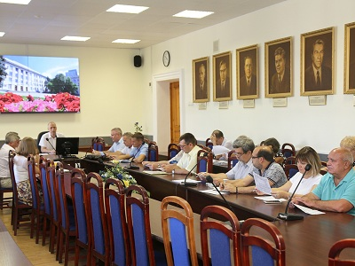 Очередное заседание приемной комиссии ВолгГТУ провел врио ректора, первый проректор А.В. Навроцкий