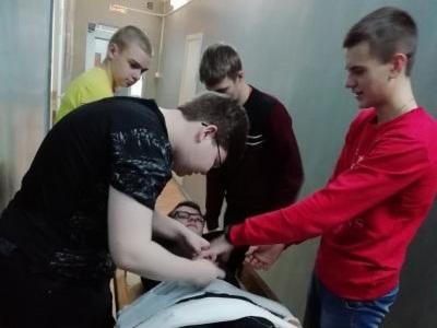 Практическое занятие для студентов первого курса на тему: «Оказание первой медицинской помощи при открытом и закрытом переломе»