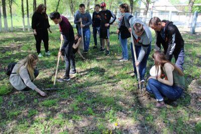 Гражданско-патриотическая акция «Посади дерево – вспомни о войне!»